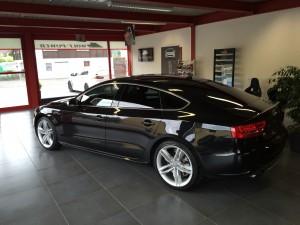 Audi S5 beim Händler